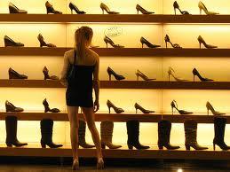 Bí quyết kiểm soát mua sắm cuối năm
