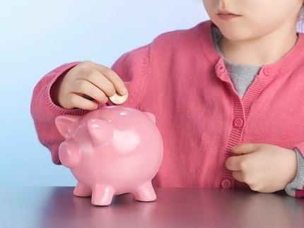 Dạy trẻ quản lý tiền bạc