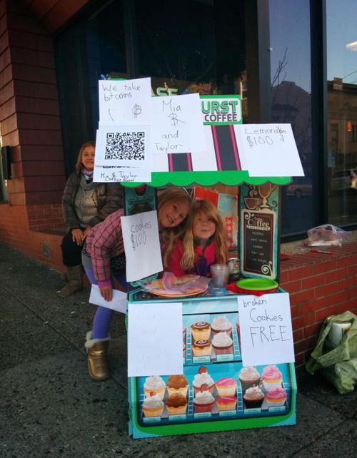 9 bí quyết marketing từ quầy nước chanh của bé gái 6 tuổi