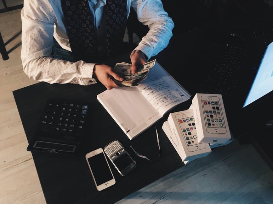 Những bài học tiền bạc sẽ thay đổi tuổi 30 của bạn