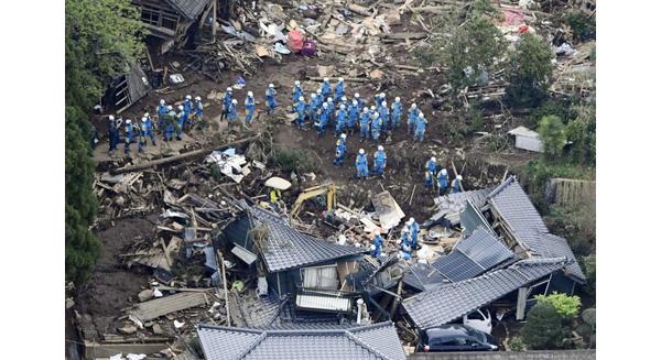 Nhật Bản: Nắm Cơm 2.000 Đồng Và Những Chuyến Xe Không Ngủ