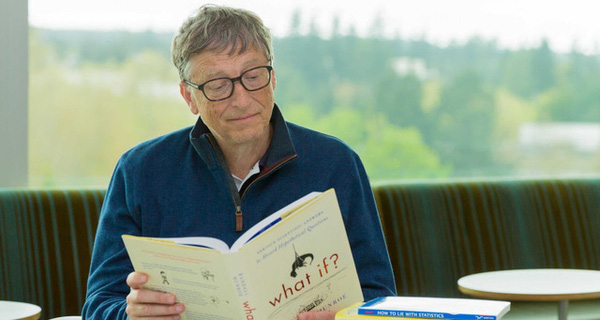 Những quy tắc khi đọc sách mà tỷ phú Bill Gates đặt ra cho chính mình và bạn cũng nên học theo
