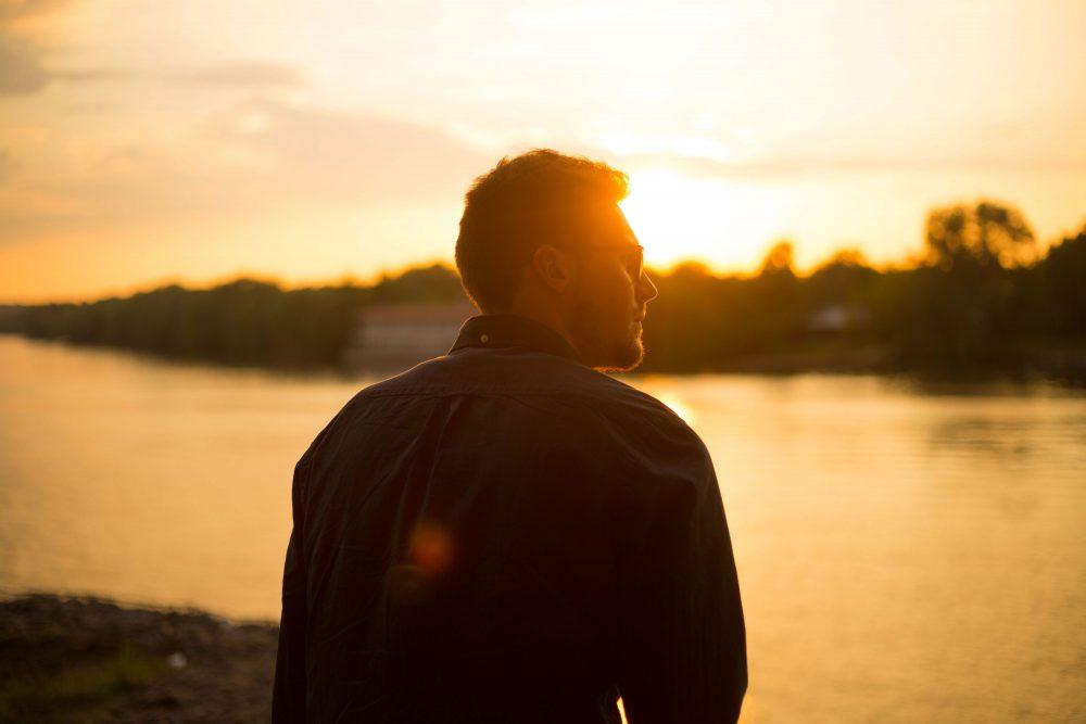 LÀM ĐÀN ÔNG ĐỪNG CÁI GÌ CŨNG CỐ GIỎI, CHỈ CẦN XUẤT CHÚNG MỘT KỸ NĂNG, CẢ ĐỜI BẠN SẼ NỞ HOA