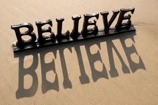 Sức mạnh của niềm tin: Bạn nghĩ sao về người quyết định vận mệnh