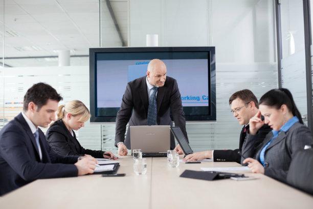 kinh nghiệm kinh doanh: Định kiến đánh giá bằng thu nhập