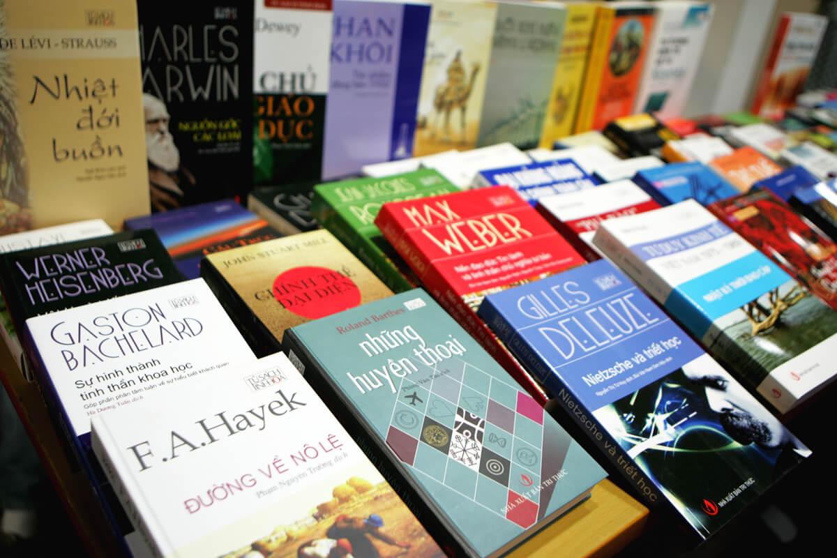Truyền thông tạo dựng thói quen đọc sách: Sai! Sai hết!