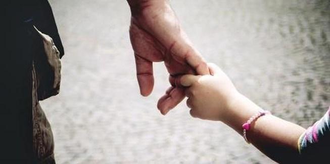 Đàn ông chỉ thực sự trưởng thành khi họ có con. Và chỉ khi ta trở thành cha của những đứa trẻ, ta mới hiểu được tình cha vĩ đại đến nhường nào.