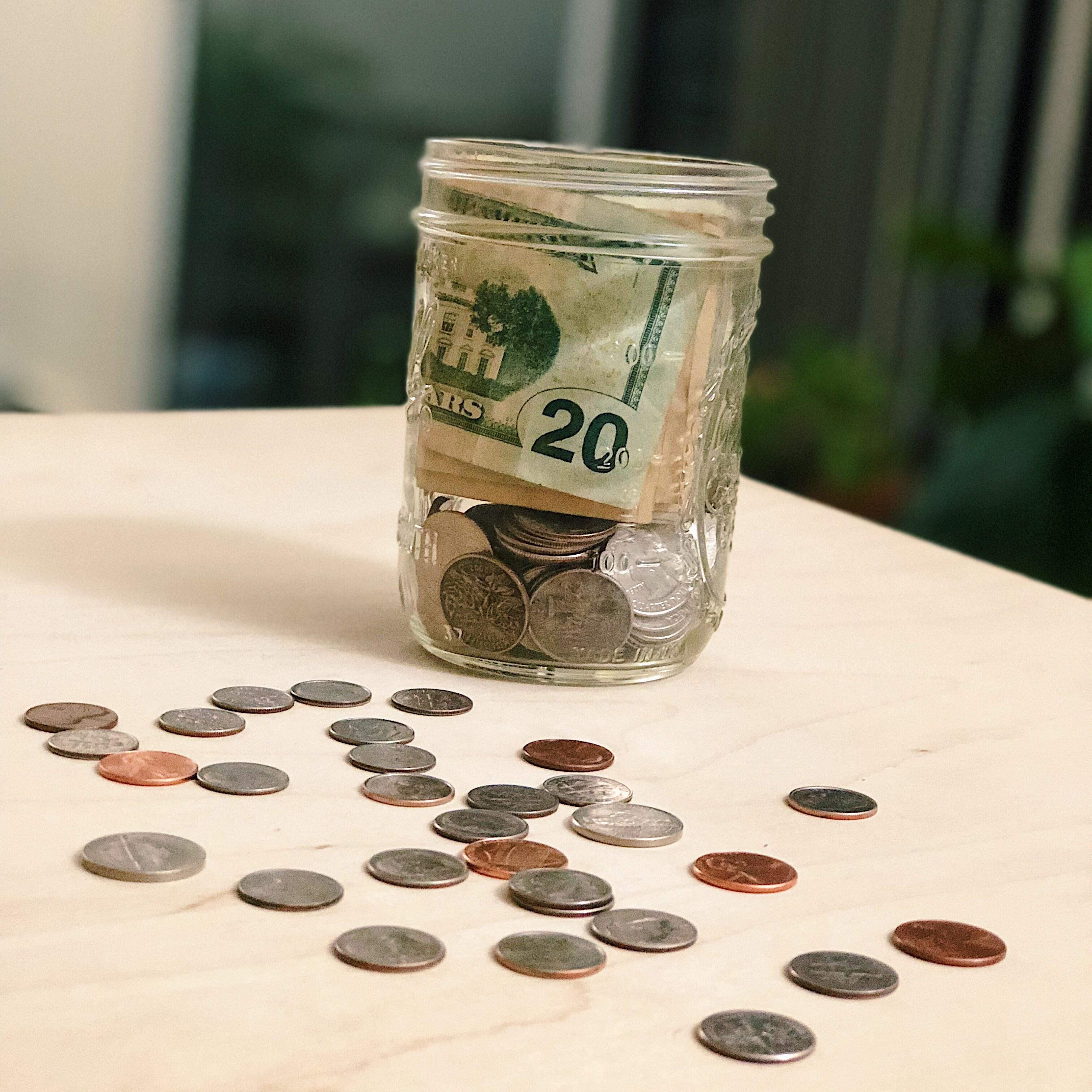 """9 """"hung thần tài chính"""" khiến bạn mãi nghèo khó, chẳng nhẽ bạn cứ mãi làm thuê cho giấc mơ người đời hay sao?"""