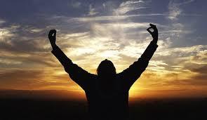 Không vấp ngã trước cuộc sống là đáng tốt – Nhưng vấp ngã mà biết đứng dậy để vươn lên càng tốt hơn