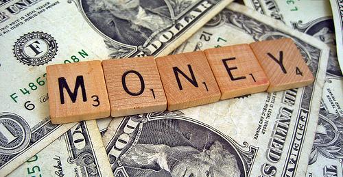 """Không bao giờ là quá trẻ để tiết kiệm và đầu tư: Cách tích lũy tài sản """"thần sầu"""" của người khôn ngoan"""