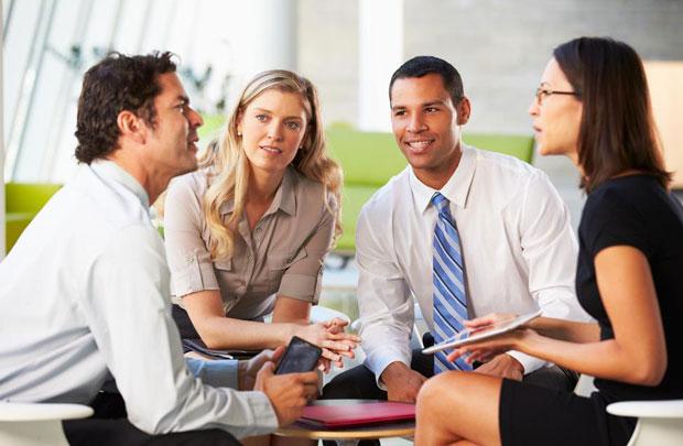 Có nên để người thân làm việc trong công ty?