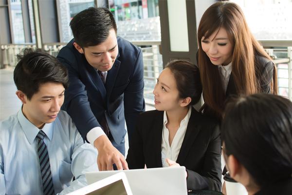 Cách xử lý hợp tình hợp lý nhất cho sếp khi nhân viên mắc sai lầm nghiêm trọng