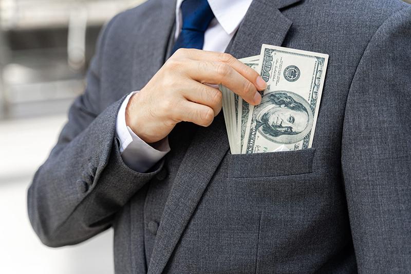 Tại sao những người giàu muốn trở nên giàu có hơn nữa dù tiền của họ tiêu 3 đời vẫn chưa hết?