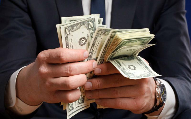 Đàn ông càng kiếm được nhiều tiền càng cần phụ nữ, đàn bà càng kiếm được nhiều tiền thì càng không cần đàn ông